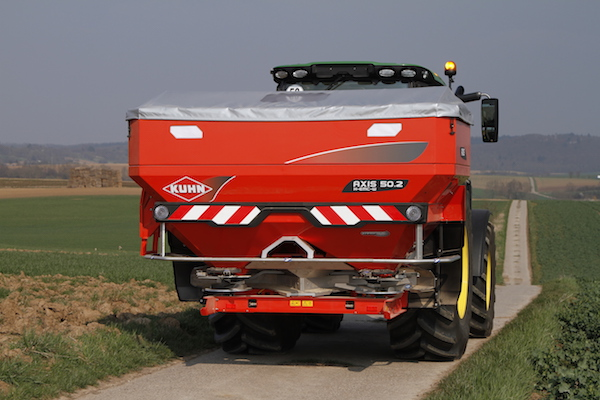 Kuhn spreader