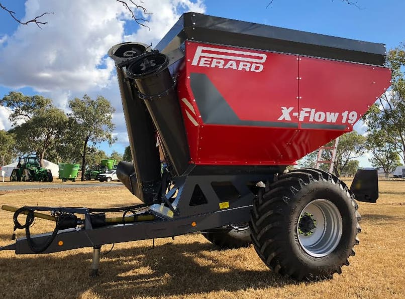 Perard x flow grain cart